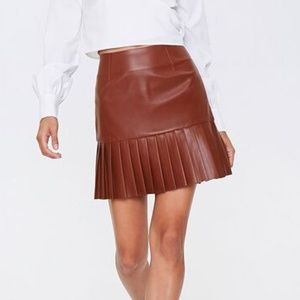 Have Fashion Mini Skirt Faux Leather Pleated Brown